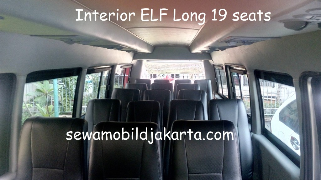 sewamobildjakarta-Interior ELF Long 19 seats